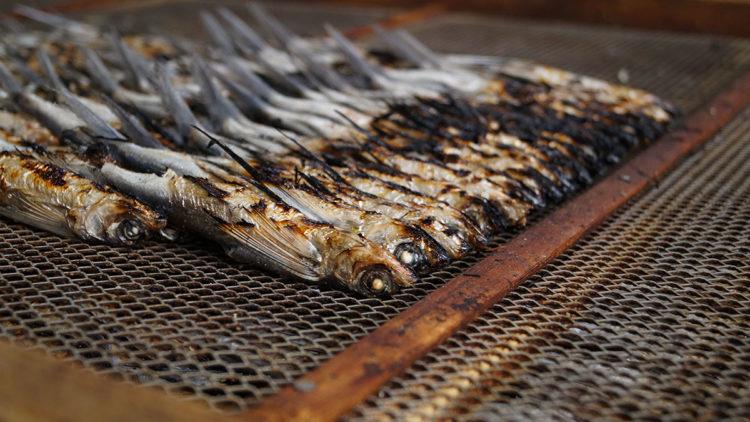 長崎のハレの出汁「焼きあご」